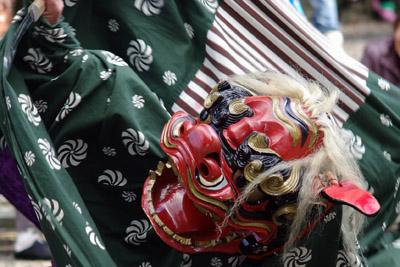 四社神社の獅子舞